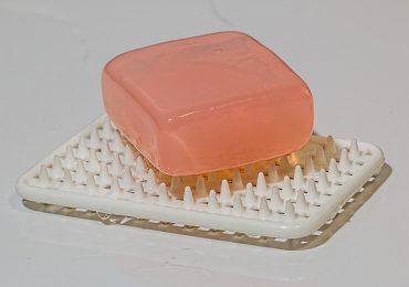 soap-386376_640