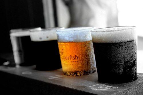 ดื่มเบียร์แก้วเดียวกับผู้ติดเชื้อ HIV อาจทำให้เราเมาได้!